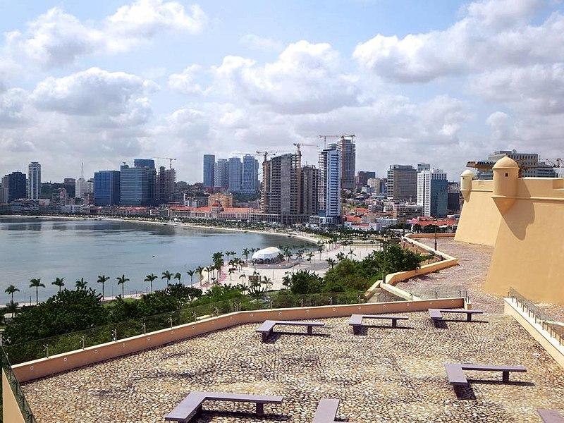 Luanda Skyline - Angola 2015.jpg