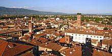 Panorama di Lucca dalla Torre dell'orologio