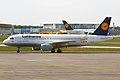 Lufthansa, D-AIUC, Airbus A320-214 (16456929225).jpg