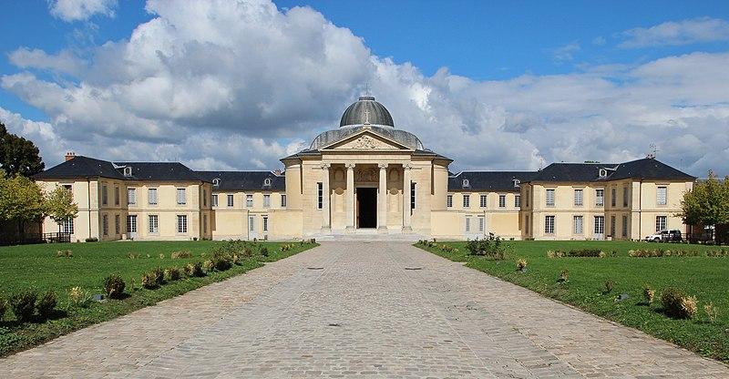 Fichier:Lycée Hoche à Versailles le 19 septembre 2015 - 10 (Cropped).jpg