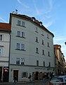 Měšťanský dům U tří měsíců (Malá Strana), Praha 1, U lužického semináře 9, Malá Strana.JPG