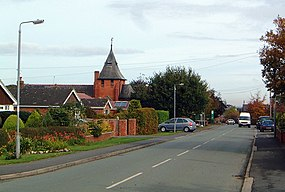 Main Road, Higher Kinnerton - geograph.org.uk - 588080.jpg