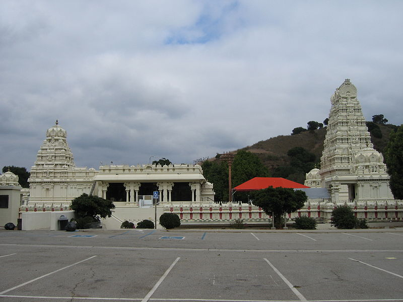 Sri Venkateswara, Malibu Hindu Temple 800px-Malibu_Hindu_Temple_18