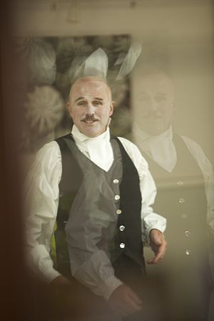 Tim Crouch - Image: Malvolio 8