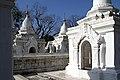 Mandalay-Kuthodaw-52-Stupas-gje.jpg