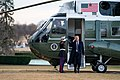 Marine One Lands on the South Lawn (40099649723).jpg