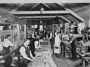 Sir Arthur Pearson, 1st Baronet - Blinded soldiers learning mat-weaving at St Dunstan's