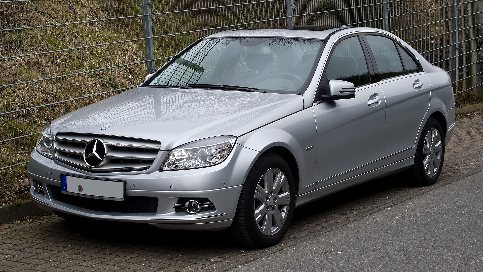 mercedes benz c class w204 wikipedia. Black Bedroom Furniture Sets. Home Design Ideas