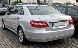 Mercedes E 250 CDI BlueEFFICIENCY Elegance (W212) 20090611 rear.JPG