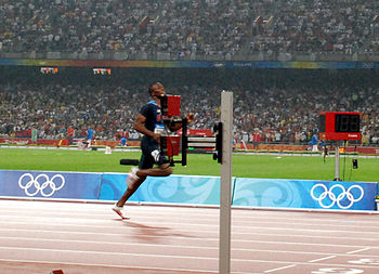 English: LaShawn Merritt finishing the 400m al...