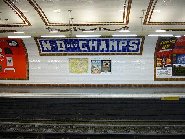 File metro paris ligne 12 station notre dame des champs wikimedia commons for Faience metro