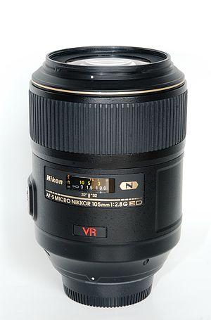 Nikon AF-S VR 105mm f/2.8G IF-ED - Image: Micro Nikkor AFS VR 105 mm f 2.8 IF ED