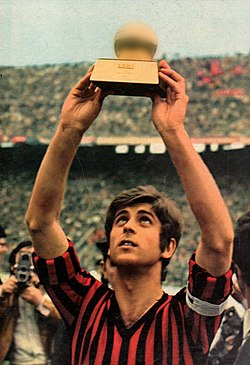 Milan AC - Gianni Rivera - Ballon d'Or 1969.jpg