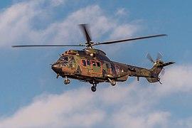 Militaire Transporthelikopter Eurocopter Cougar AS-532U2 - S-440 - RNLAF - Vliegbasis Gilze-Rijen - NL (49047495593).jpg