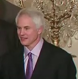 Mitch Kupchak - Kupchak visits the White House with the Lakers in 2010.