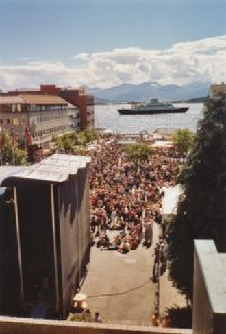 Moldejazz - Free concerts at the Molde town hall plaza.  The Molde panorama mountain range can be seen across the  Romsdalfjord.