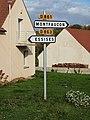 Montfaucon-FR-02-panneaux routiers-a1.jpg