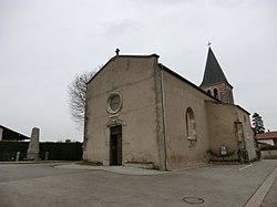 Monuments aux morts et église de Balan (Ain).JPG