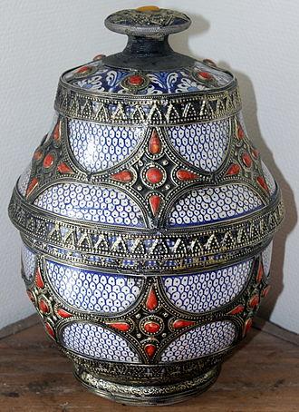 Morocco - Morocco, Safi ceramic vessel Jobbana
