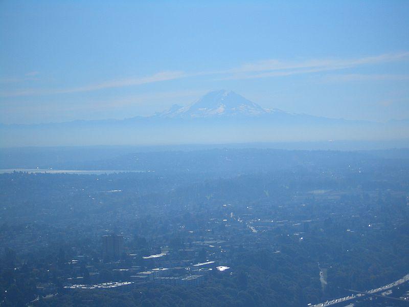File:Mount-Rainier-seen-from-Columbia-Center-2339.jpg