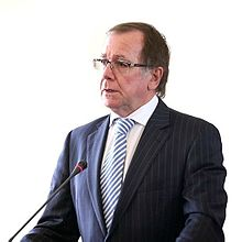 Murray McCully in Tehran.jpg