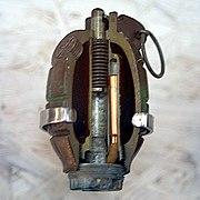 Sezione di una bomba di Mills.
