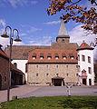 Mussbach Kirchturm Storchenturm.jpg