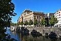 Národní divadlo z vody 3.jpg