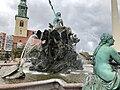 Neptunbrunnen 018.jpg
