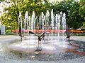 Nowa Dęba, Fontanna na Placu mjr Jana Gryczmana, 2011-08-05.JPG