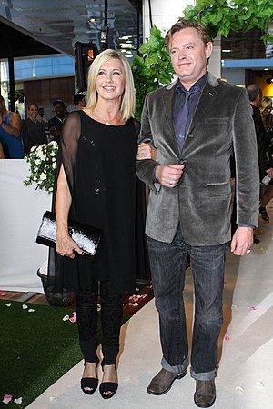 Stephan Elliott - Stephan Elliott and Olivia Newton-John at the premiere of his film A Few Best Men in 2012