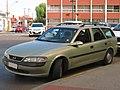 Opel Vectra 1.8 Caravan 1997 (14323091342).jpg