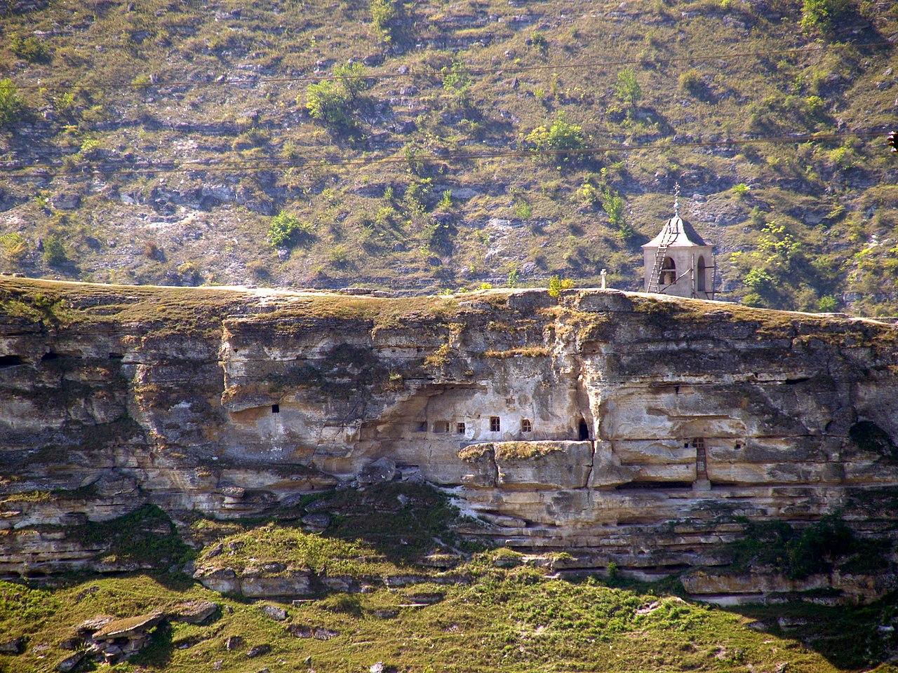 Gereja gua di Orhei Tua