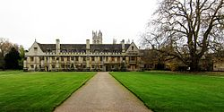 Oxford magdalen college lodgings.jpg