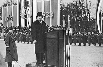 Konstantin Päts - Konstantin Päts giving a speech at the 20th anniversary of the Republic of Estonia on Peter's Square in Tallinn.