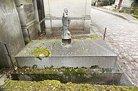 Père-Lachaise - Division 55 - Thackeray 02.jpg