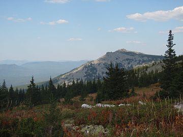 P1011019 Вид с горы Большой Иремель.JPG