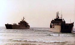"""אח""""י אשדוד (פ-61) מימין ואח""""י אשקלון (פ-63) משמאל"""