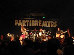 Partibrejkers выступают вживую в 2003 году
