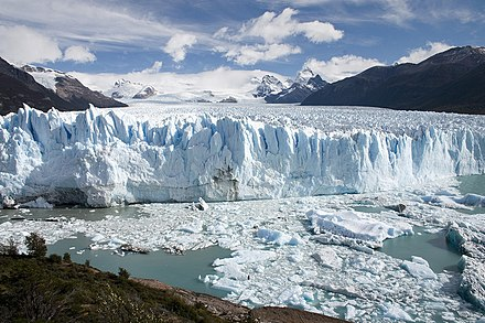 Argentina features geographical locations such as this glacier, known as the Perito Moreno Glacier Perito Moreno Glacier Patagonia Argentina Luca Galuzzi 2005.JPG