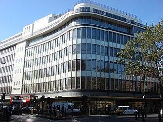 Peter Jones (department store) - View of the building.