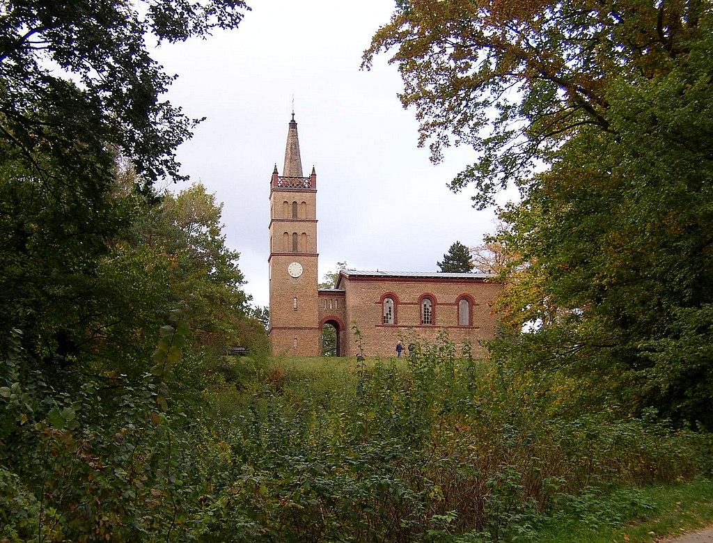 Kirche in Petzow, Ortsteil von Werder (Havel)
