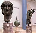 Pezzi bronzei di statua colossale di costantino, 330-37 ca. 01.JPG