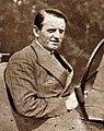 Philippe Étancelin, vainqueur du Grand Prix de l'A.C.F. 1930 (cropped).jpg