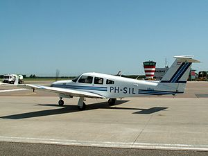 Piper Arrow IV PH-SIL.JPG