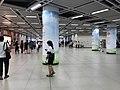 Platform of Hongshan Square Station 3.jpg