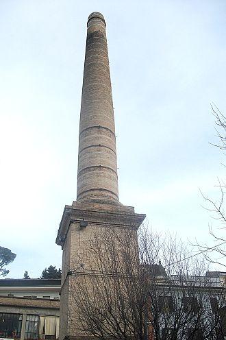 Poggio Mirteto - Former glassmaker's chimney