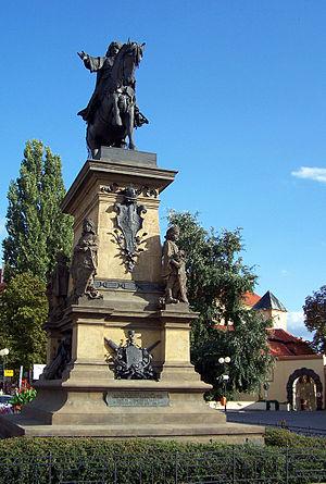 Bohuslav Schnirch - Statue of George of Podebrady in Poděbrady