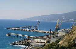 Port of Yalta 2.jpg