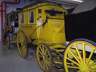 School bus yellow - Image: Postkutsche Kaiserliche Post Heusenstamm 05082011